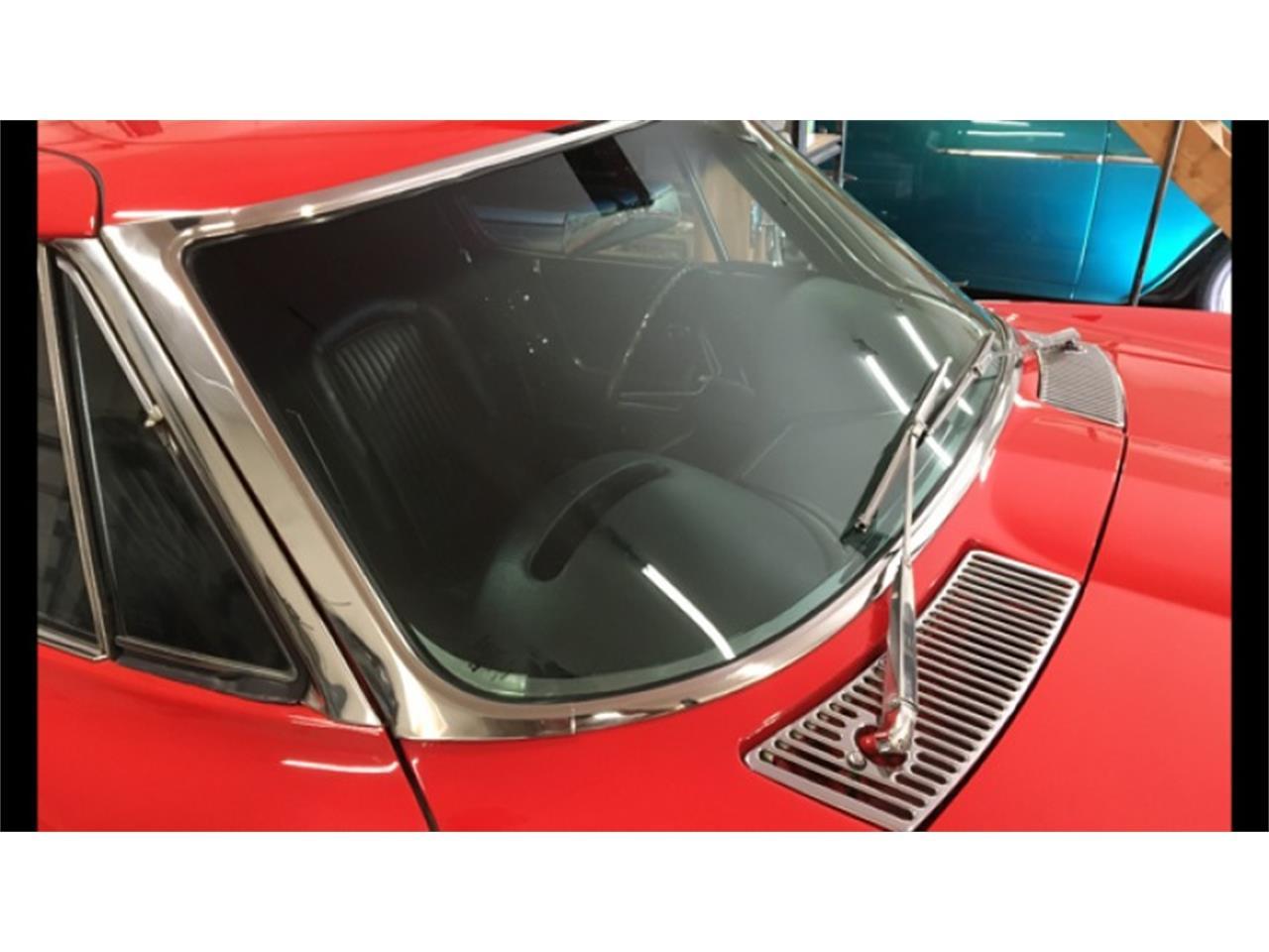 Large Picture of '63 Corvette - QFUI