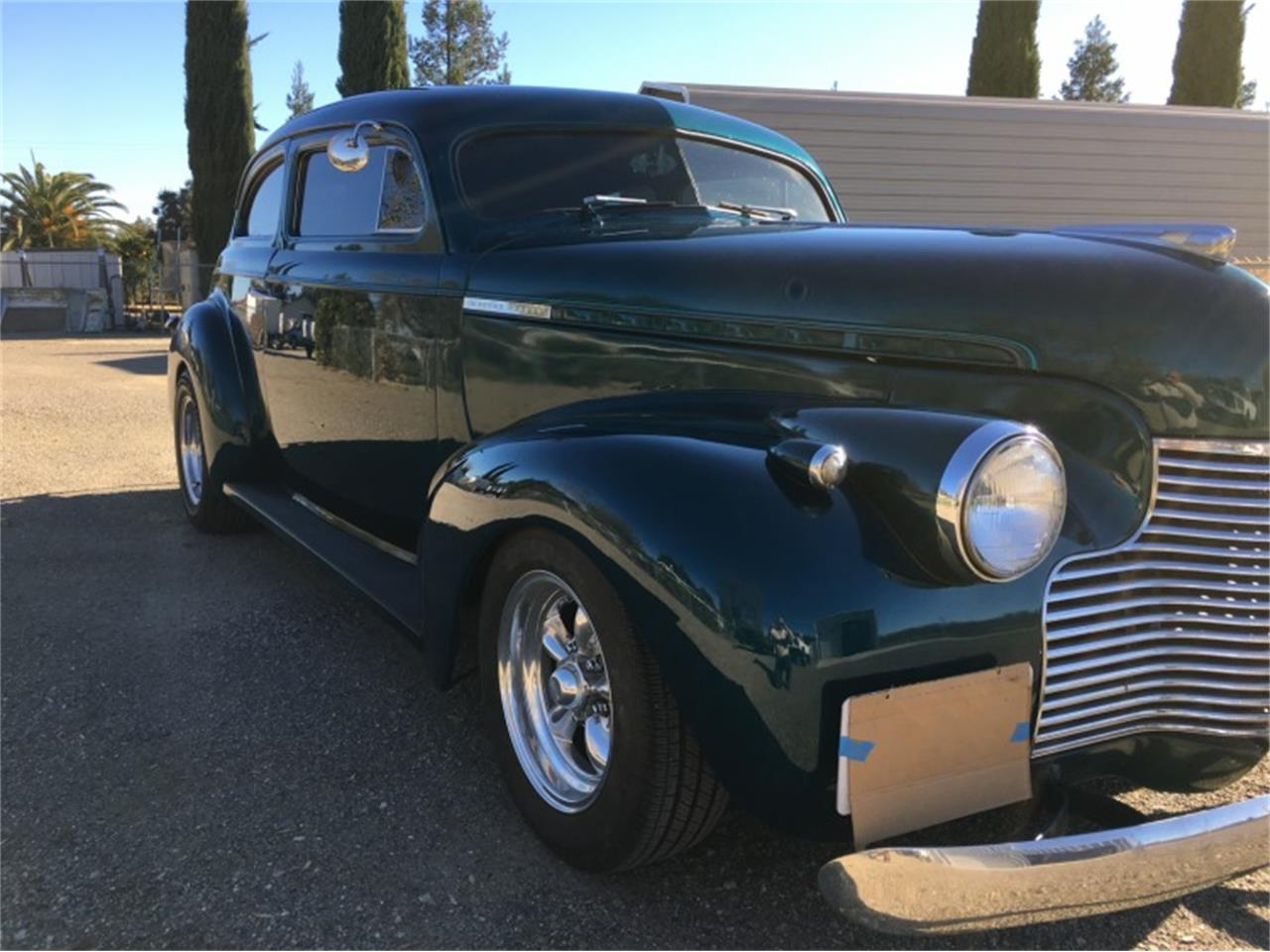 Large Picture of Classic '40 Chevrolet Deluxe Offered by Motorsport Auction Group 797664 - QFUO