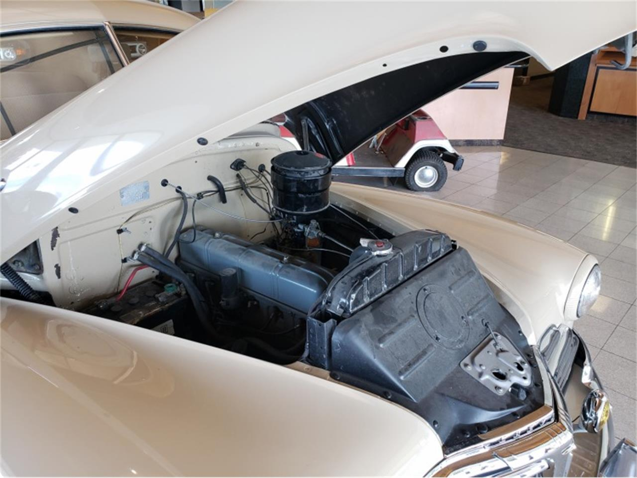 Large Picture of '47 Fleetline - QFUS