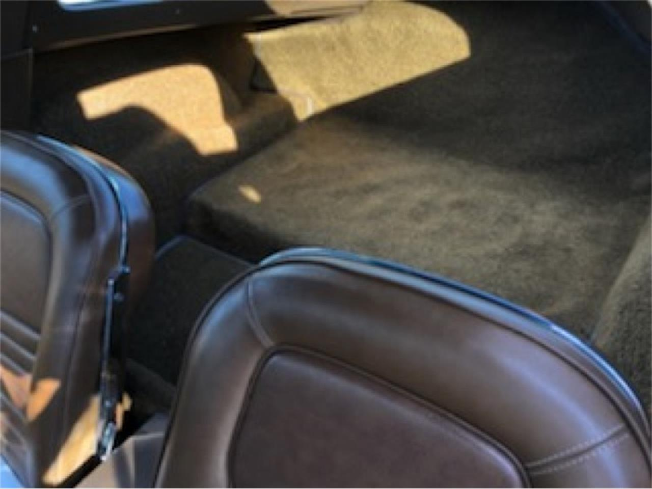 Large Picture of Classic 1967 Corvette - QFVJ