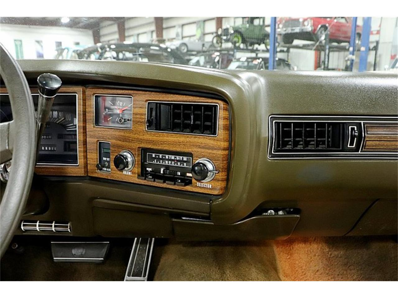 Large Picture of '73 Riviera - QFX4