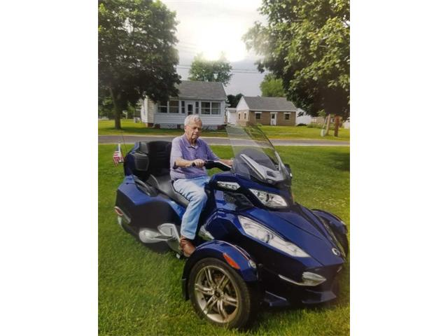 Picture of '10 Can-Am Spyder located in Pennsylvania - $15,000.00 Offered by  - QFYN