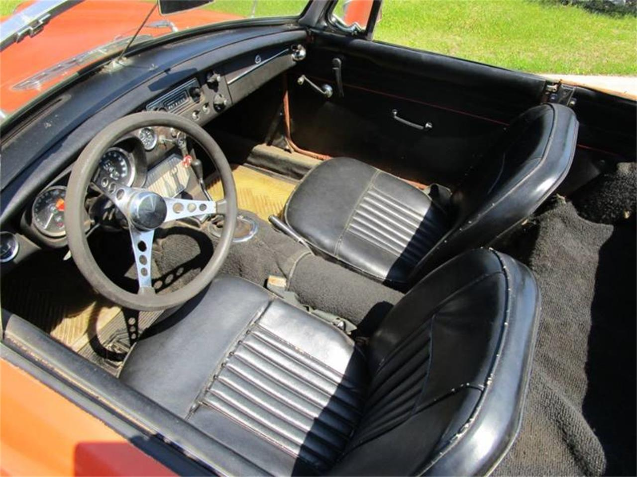 Large Picture of '67 MGB - QG18