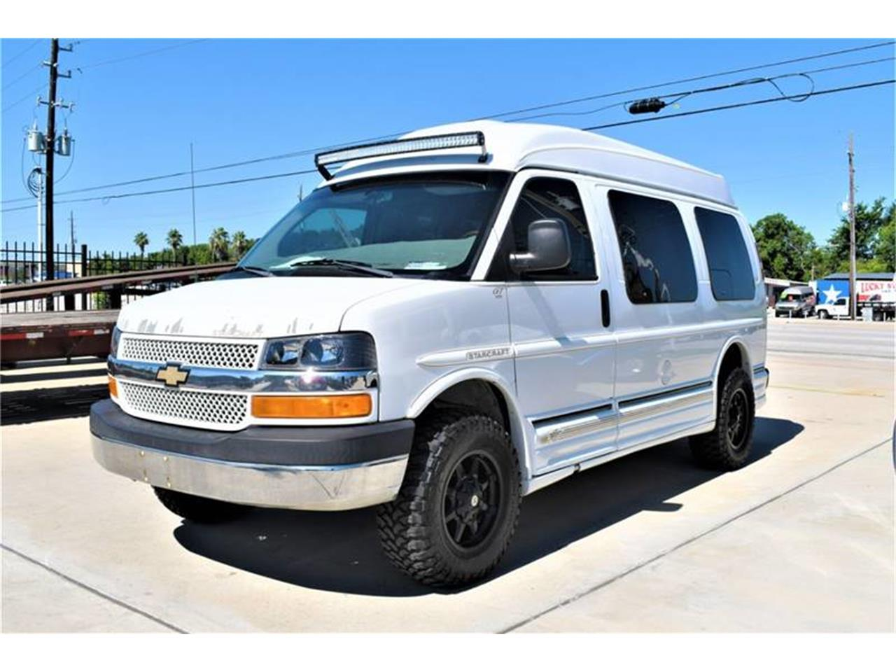 Large Picture of '03 Express - QG3X
