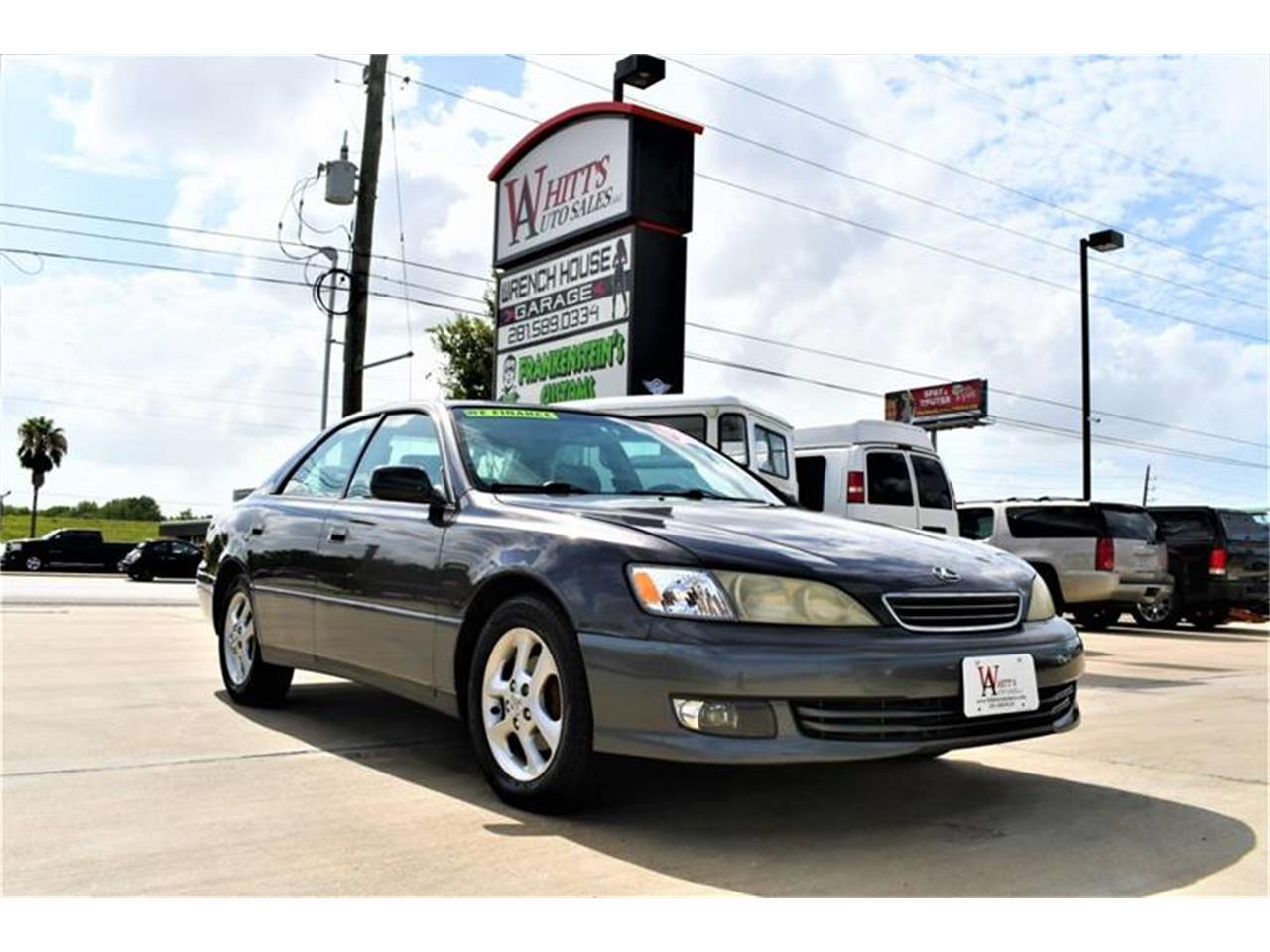 Large Picture of '00 Lexus ES300 Offered by Whitt's Auto Sales - QG42