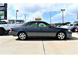 Picture of '00 ES300 located in Houston Texas Offered by Whitt's Auto Sales - QG42