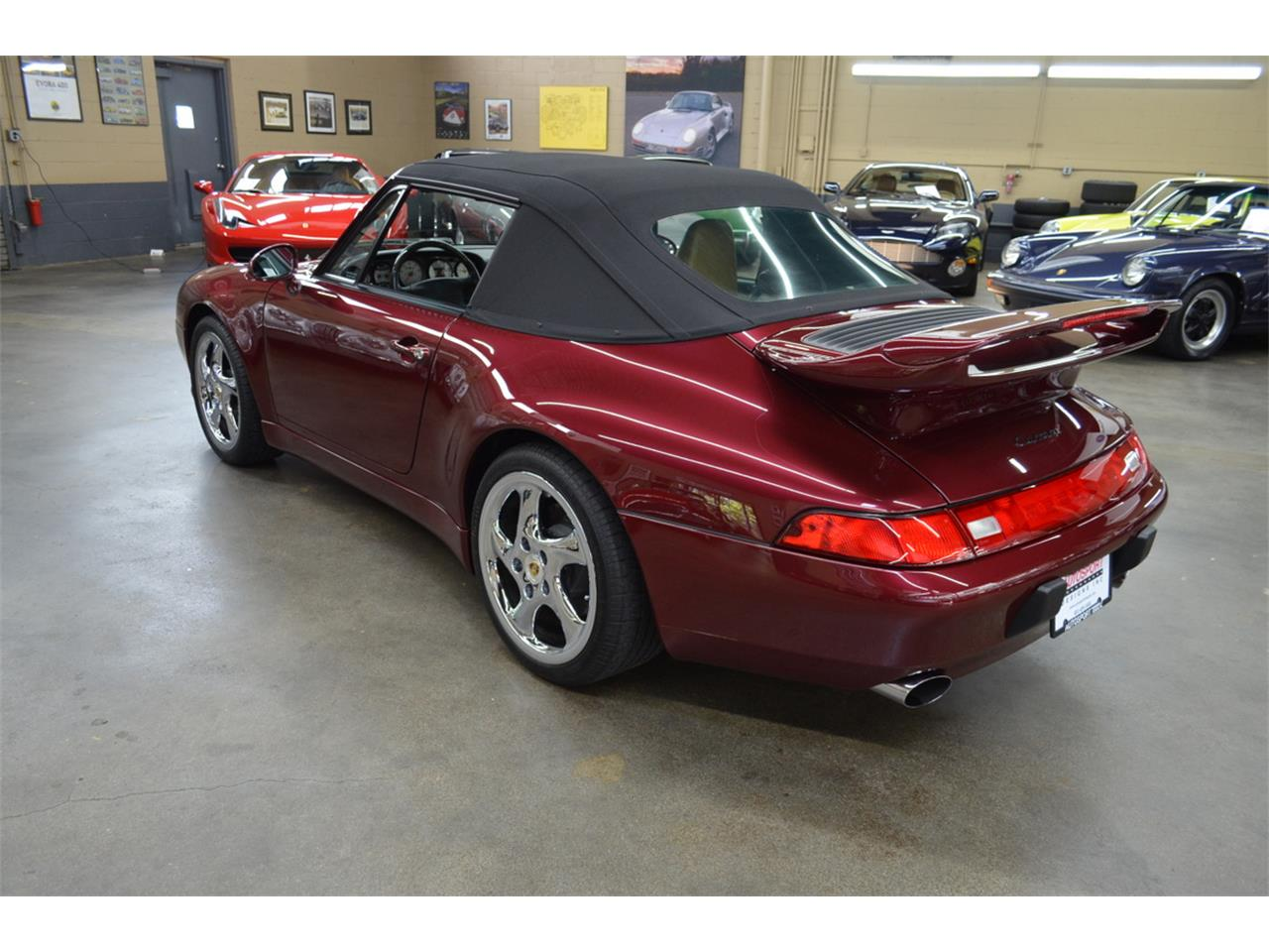 Large Picture of '97 Porsche 911 Carrera located in New York - QG4T