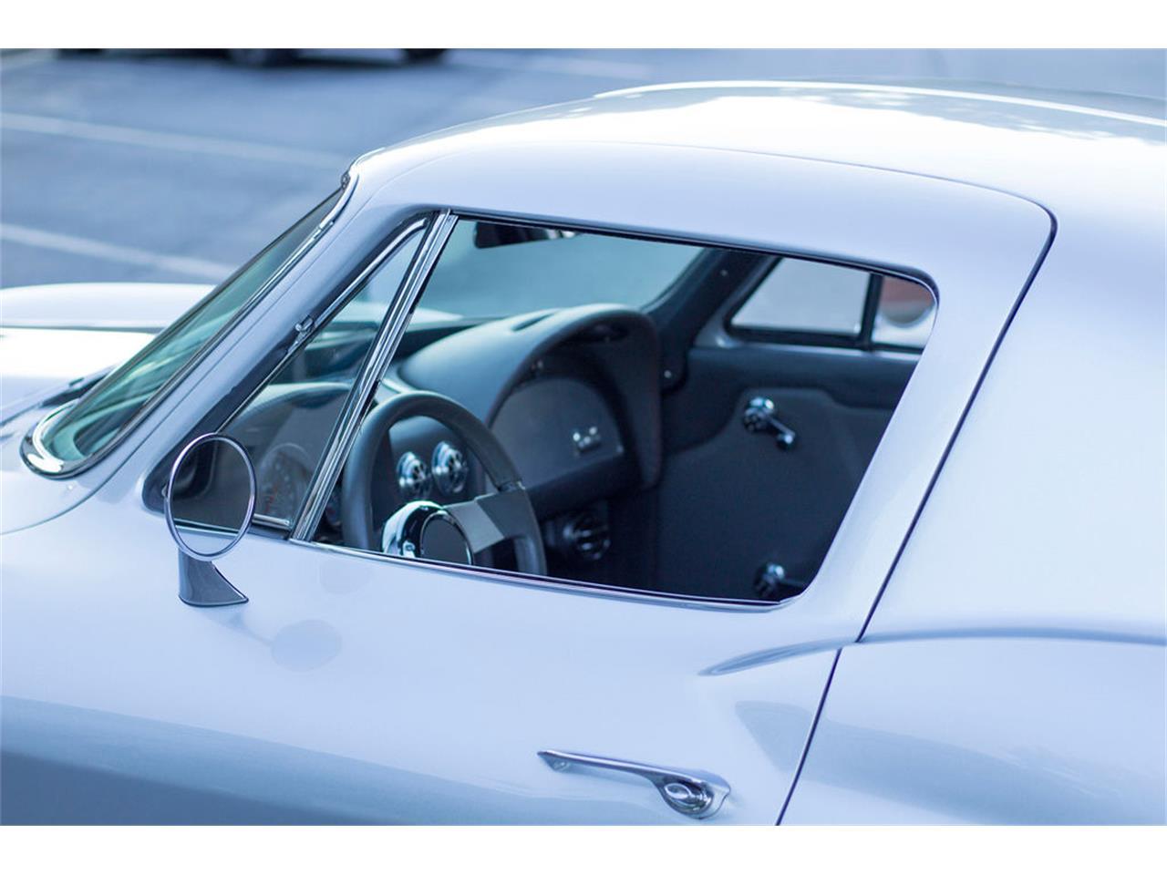 Large Picture of '66 Corvette - QG5D