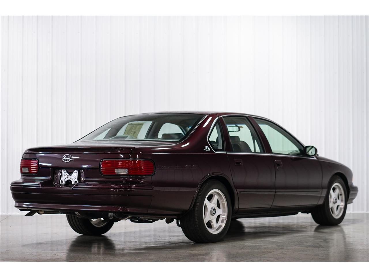 Large Picture of '96 Impala SS located in Chambersburg Pennsylvania - $24,900.00 Offered by GQ Creations Auto LLC - QDDS