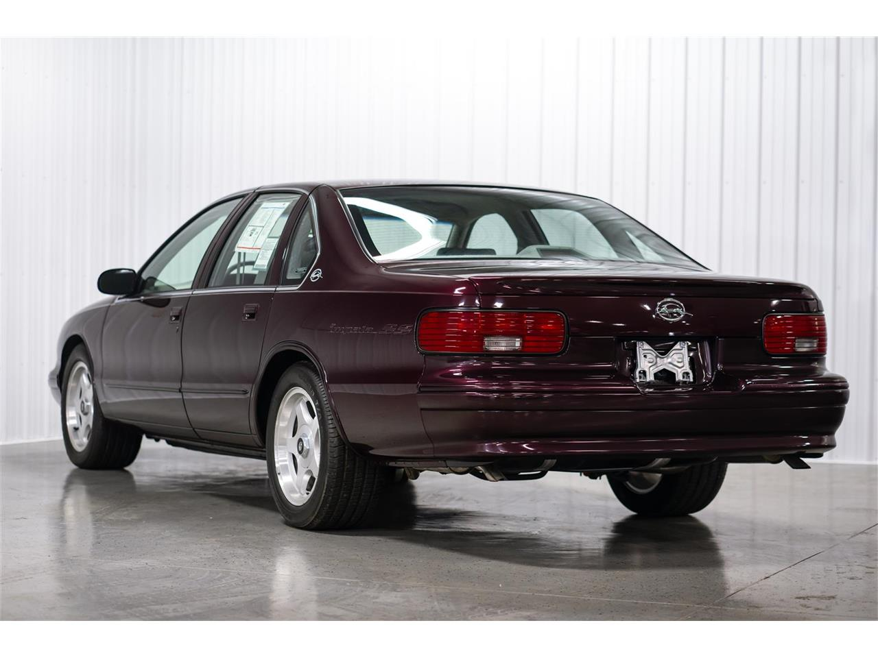 Large Picture of 1996 Chevrolet Impala SS - $24,900.00 - QDDS
