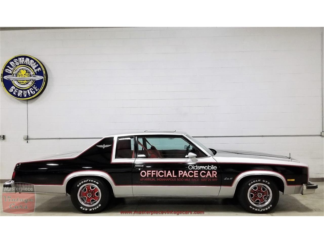 Large Picture of '77 Delta 88 Royale - QDE9