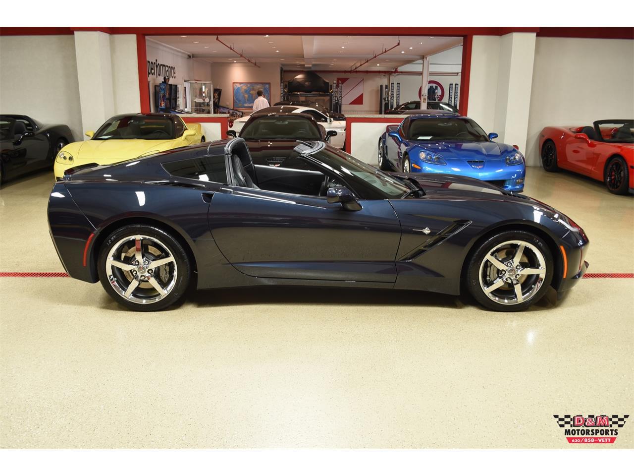 Large Picture of '15 Chevrolet Corvette located in Glen Ellyn Illinois - $45,995.00 - QGAK
