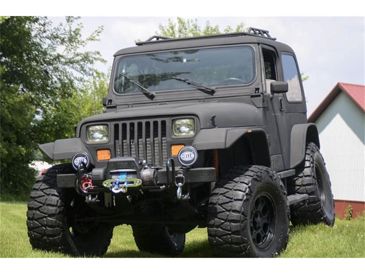 Large Picture of 1993 Jeep Wrangler located in Indianapolis Indiana - QGAN