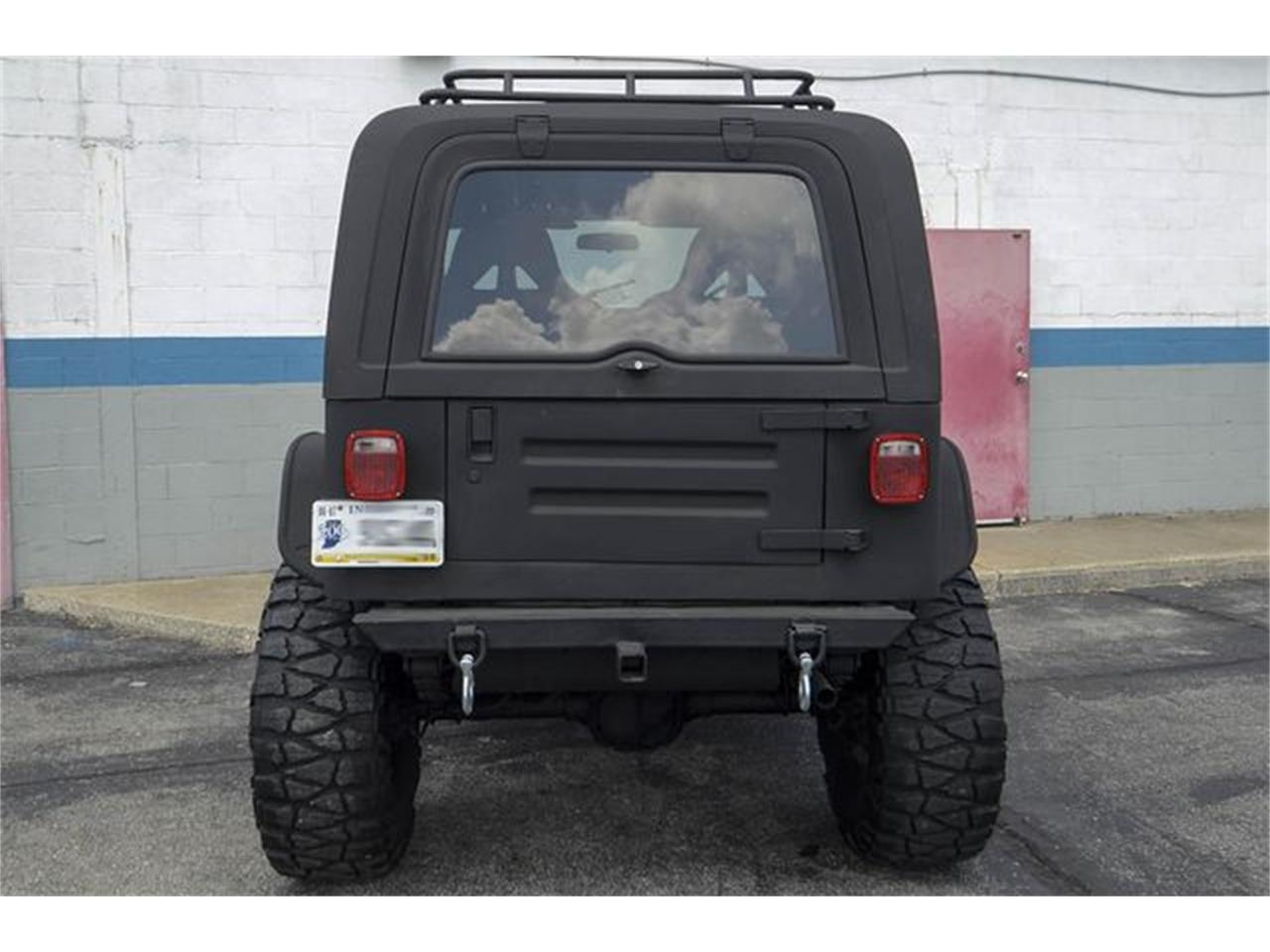 Large Picture of '93 Jeep Wrangler - $7,800.00 Offered by CarZip - QGAN