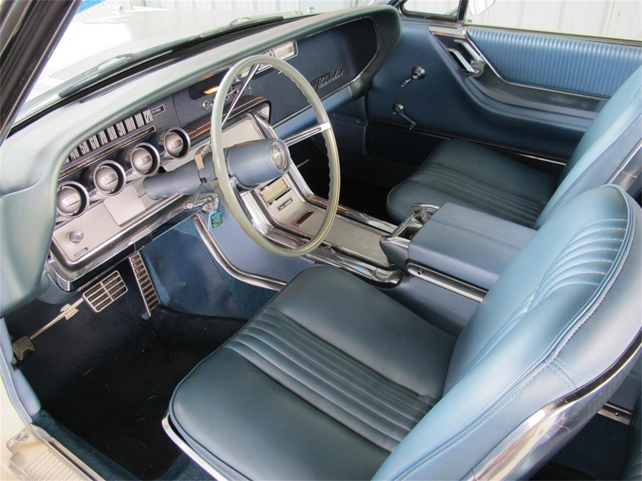 Large Picture of Classic '64 Ford Thunderbird located in Auburn Indiana Offered by RM Sotheby's - QGB2