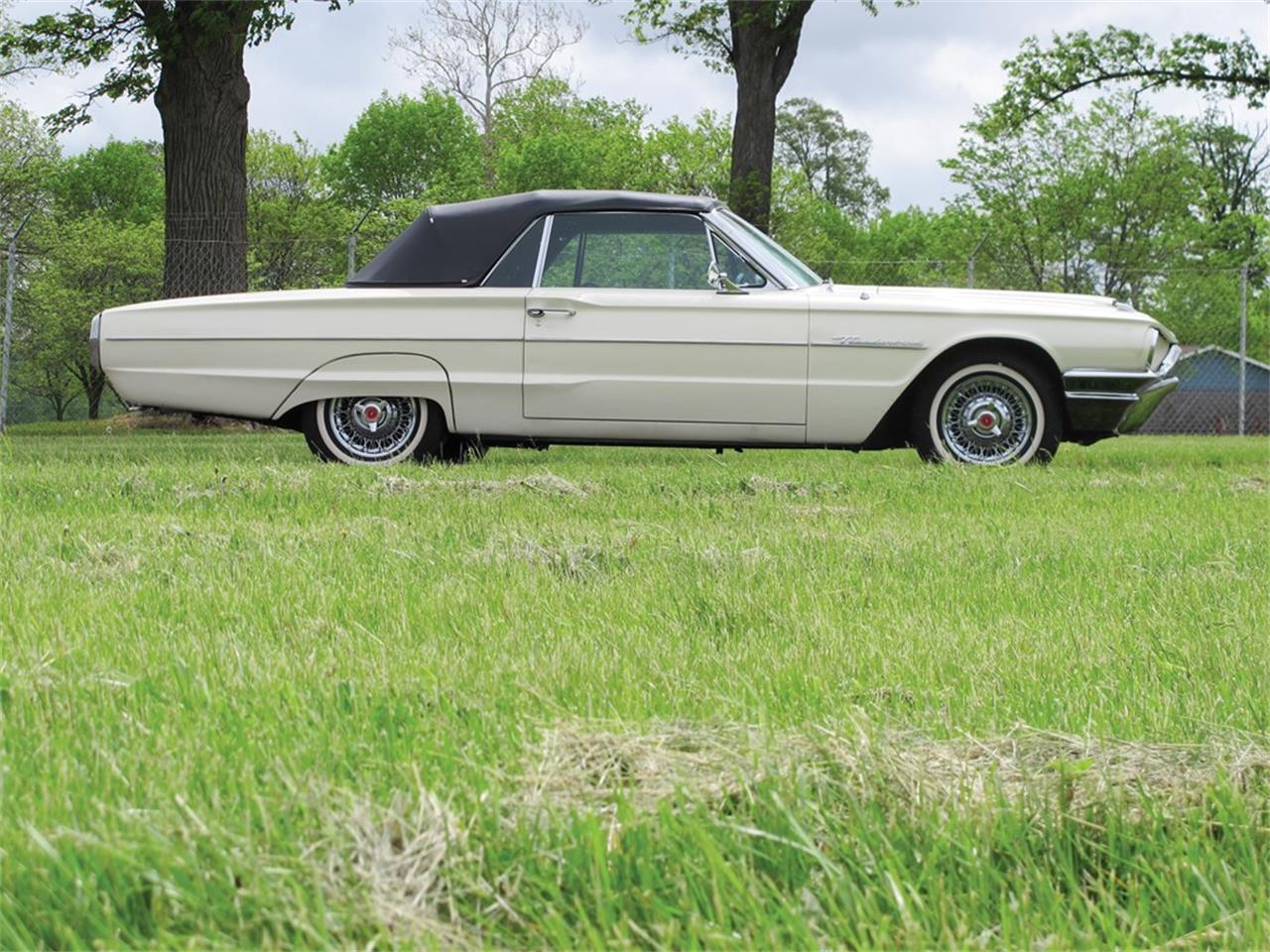 Large Picture of 1964 Ford Thunderbird Offered by RM Sotheby's - QGB2