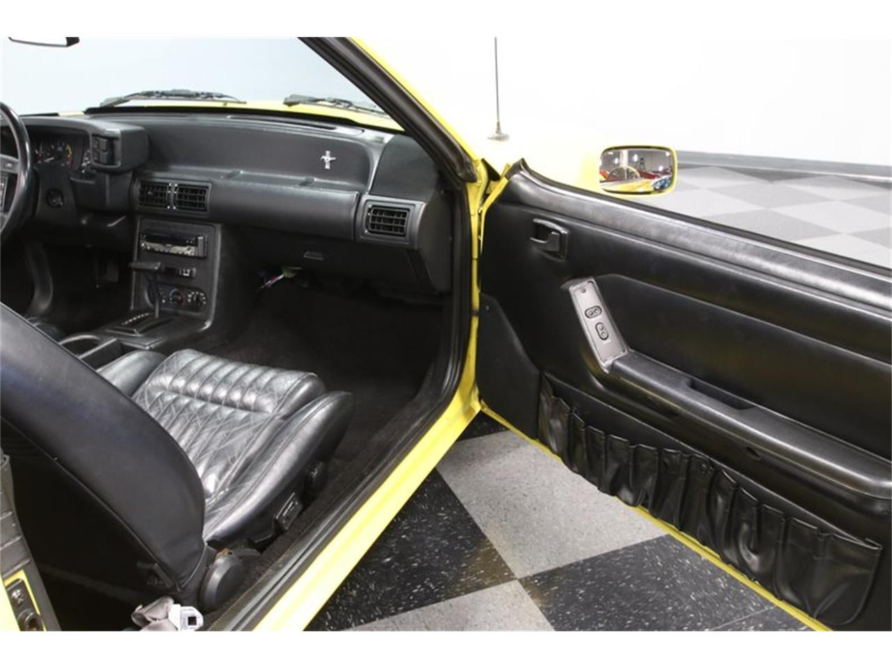 Large Picture of '93 Mustang - QGDV