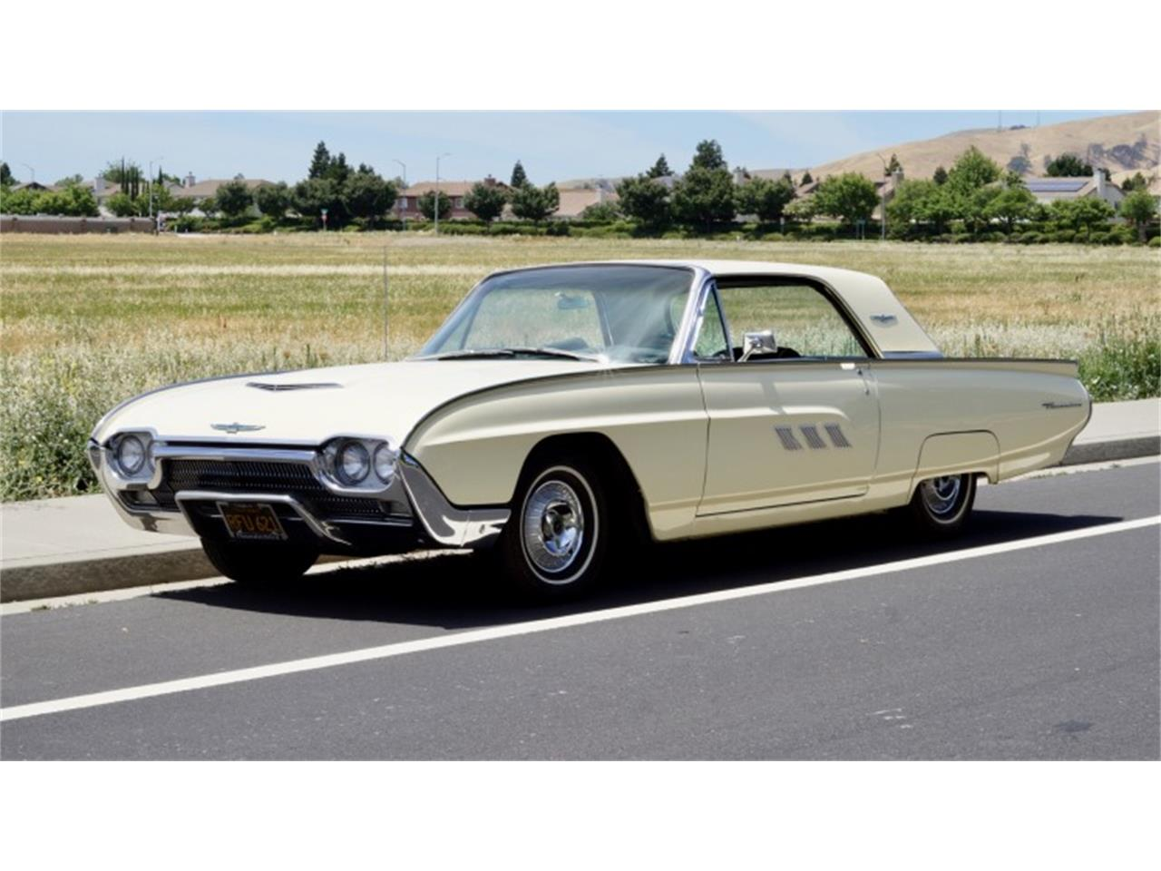 Large Picture of '63 Thunderbird located in Nevada Auction Vehicle Offered by Motorsport Auction Group - QGI5