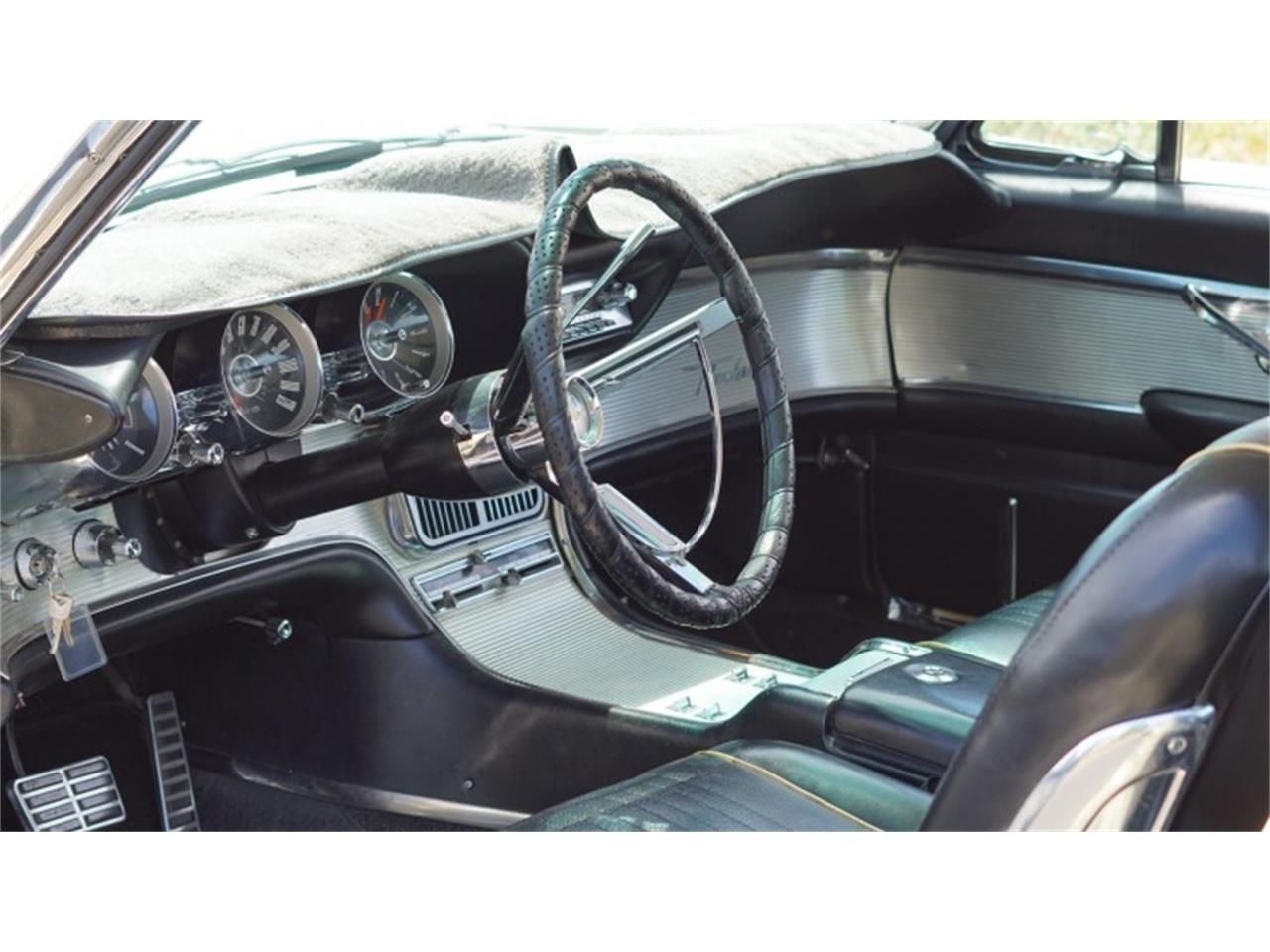 Large Picture of '63 Thunderbird - QGI5
