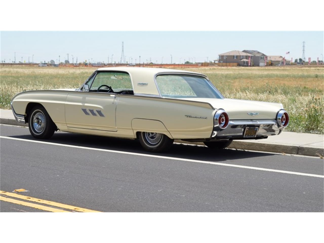 Large Picture of Classic '63 Ford Thunderbird - QGI5