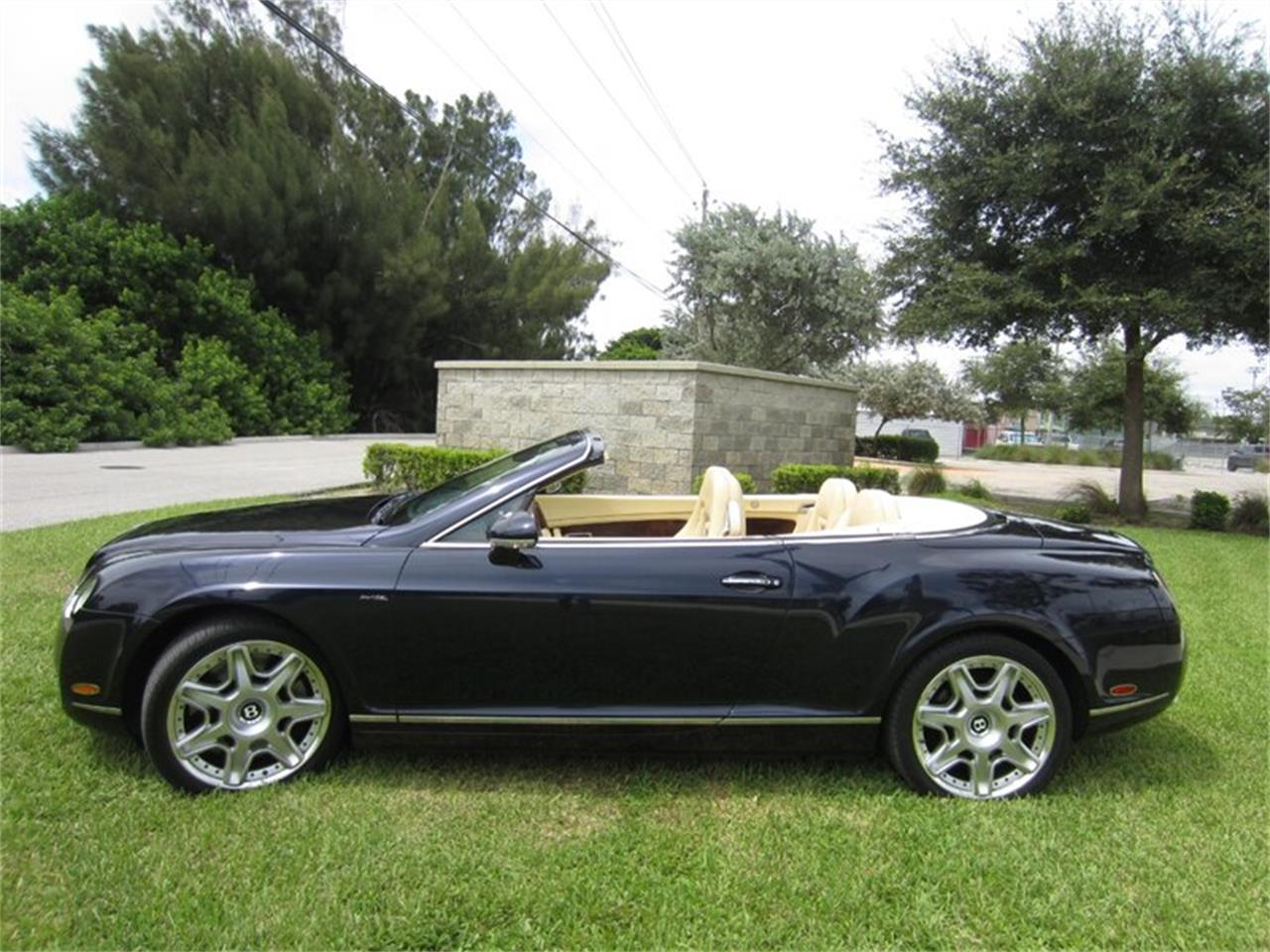 Large Picture of '09 Continental GTC - QGJB