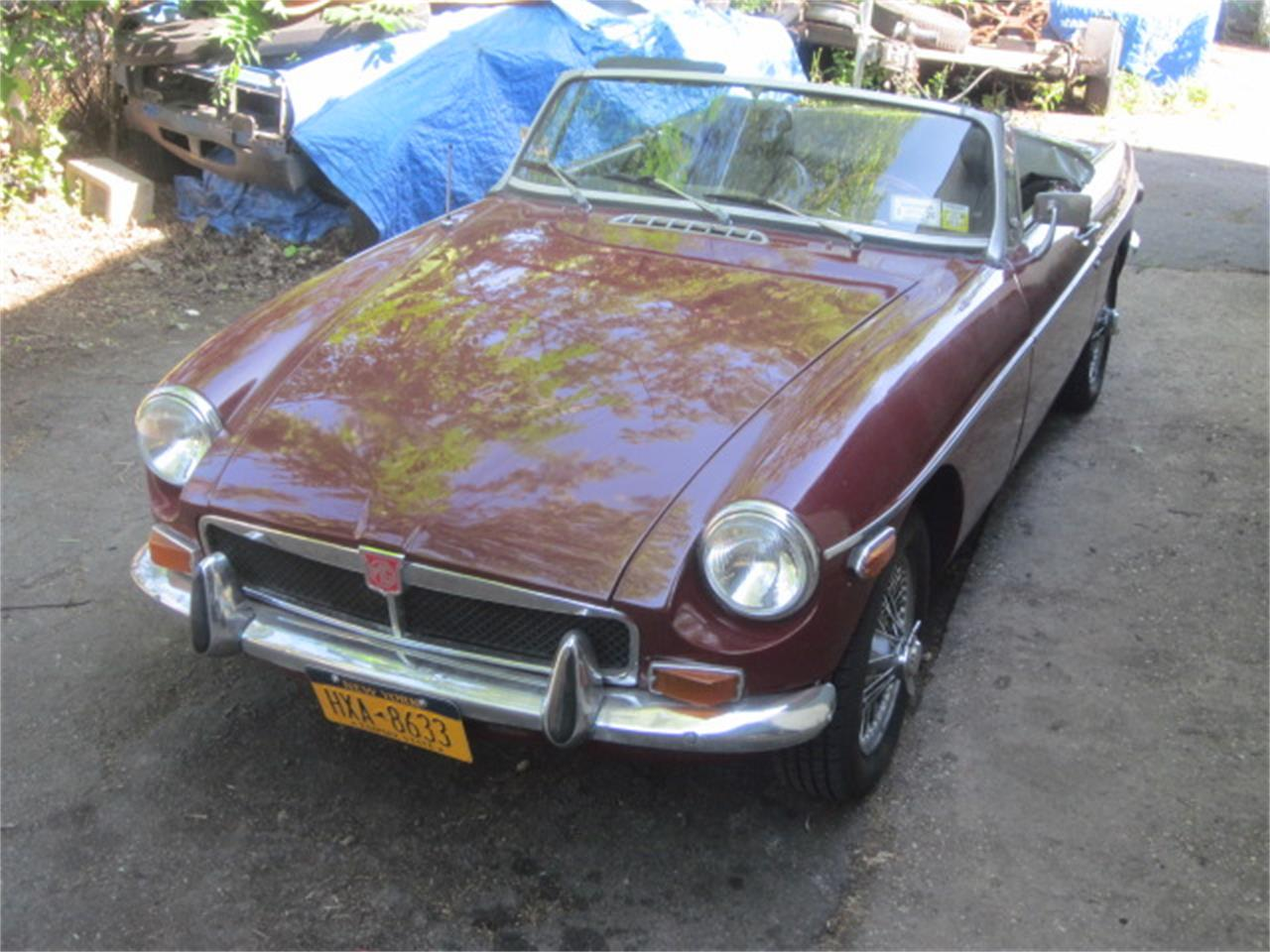 Large Picture of 1973 MG MGB located in Stratford Connecticut - $17,500.00 Offered by The New England Classic Car Co. - QGKS
