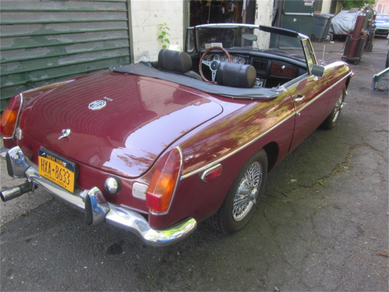 Large Picture of 1973 MG MGB located in Connecticut Offered by The New England Classic Car Co. - QGKS