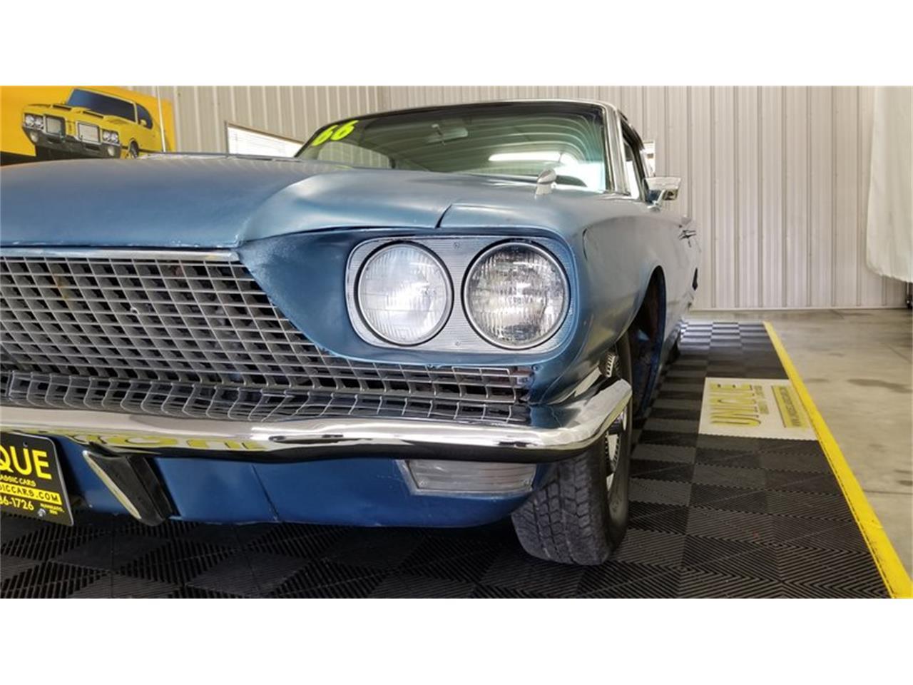 Large Picture of '66 Thunderbird - QGL6