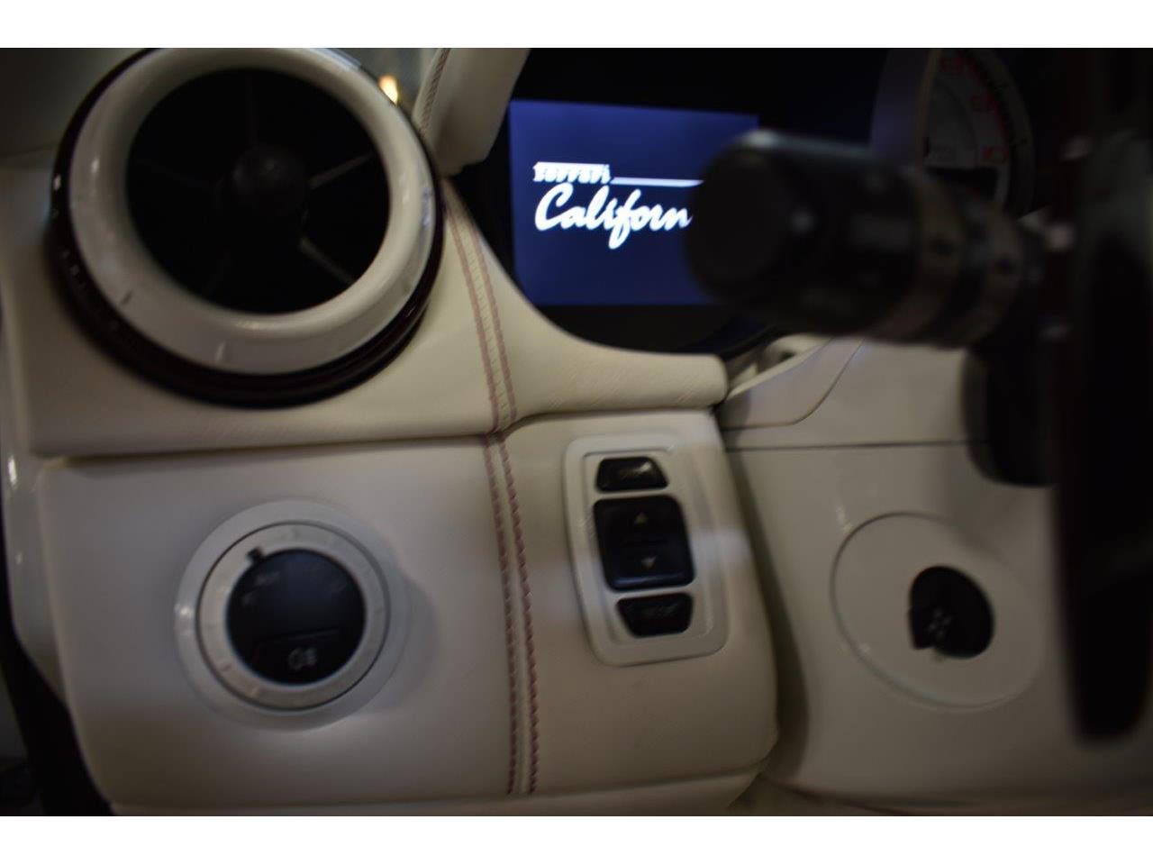 Large Picture of 2010 Ferrari California located in California - QD41