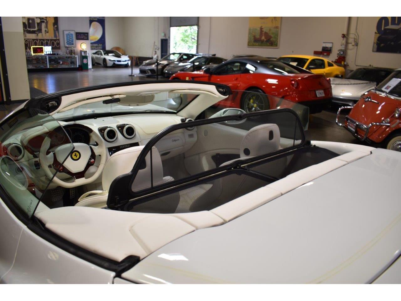 Large Picture of '10 Ferrari California - QD41