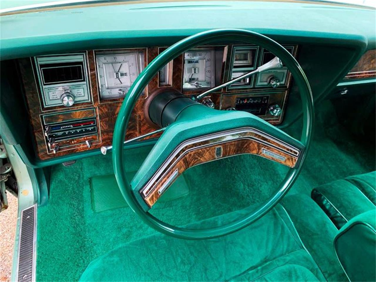 Large Picture of '78 Lincoln Continental Offered by Park-Ward Motors - QGWL