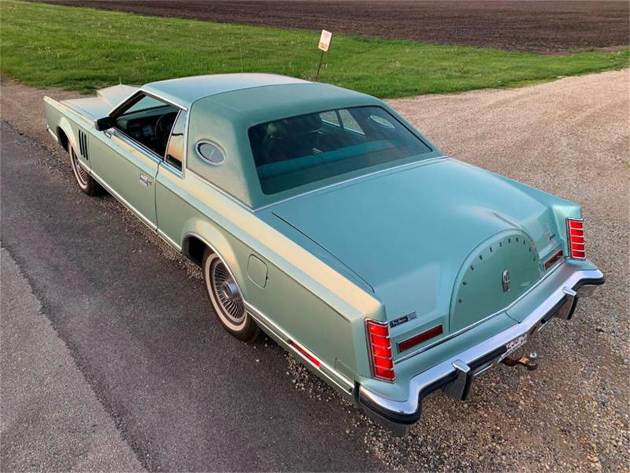 Large Picture of 1978 Lincoln Continental - QGWL