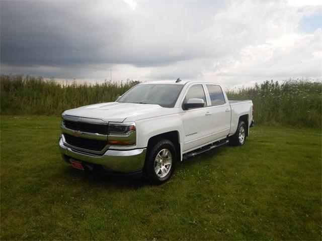 Picture of 2016 Chevrolet Silverado located in Clarence Iowa - $17,995.00 - QH0D