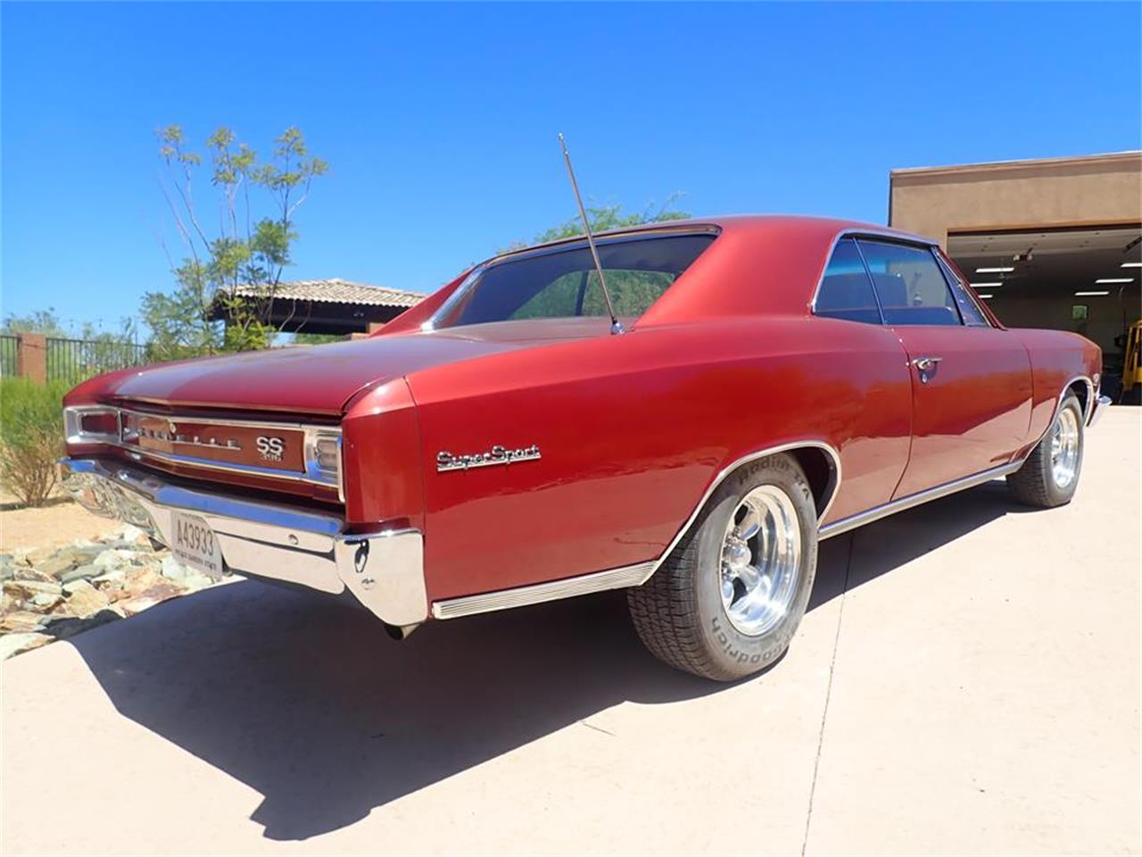 Large Picture of '66 Chevelle - QH1U