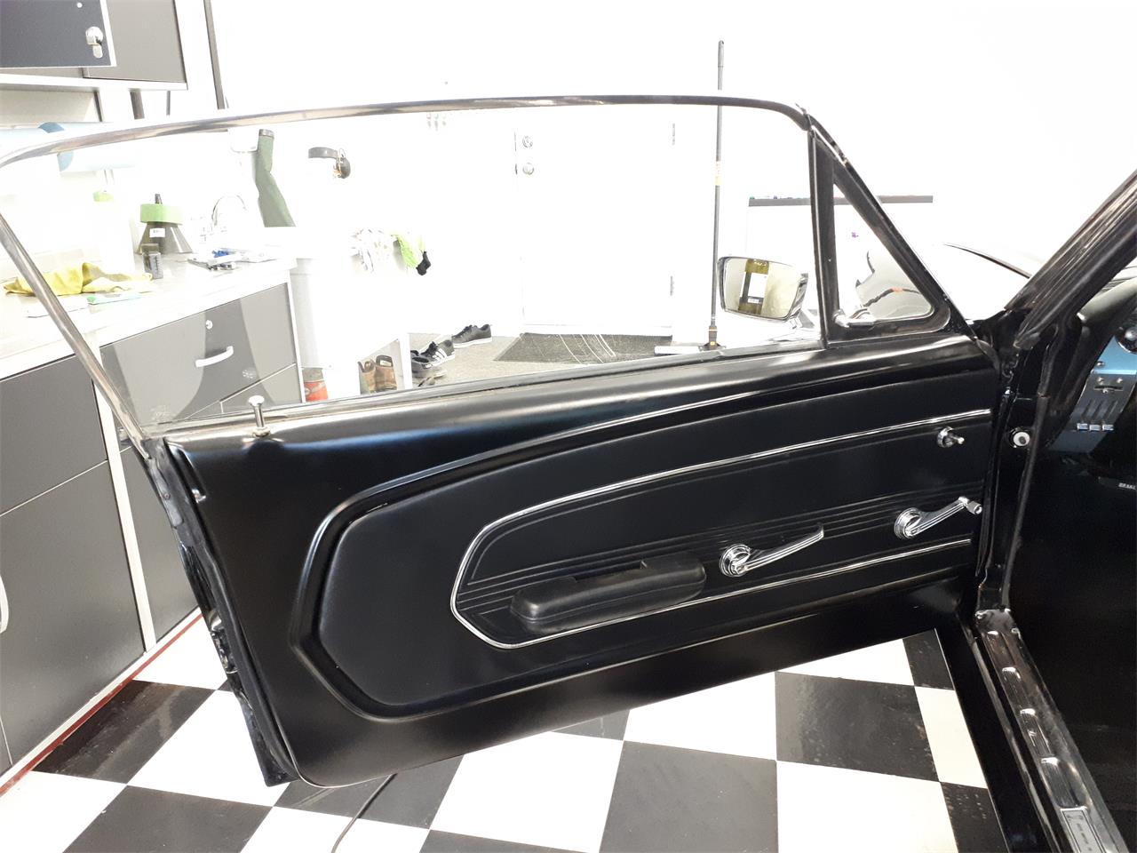 Large Picture of 1967 Mustang - QH2P