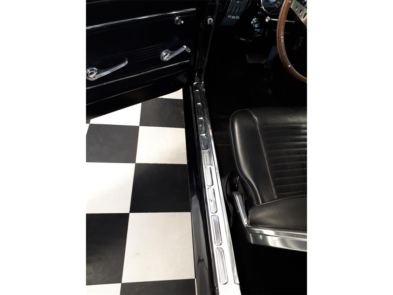 Large Picture of '67 Mustang - QH2P