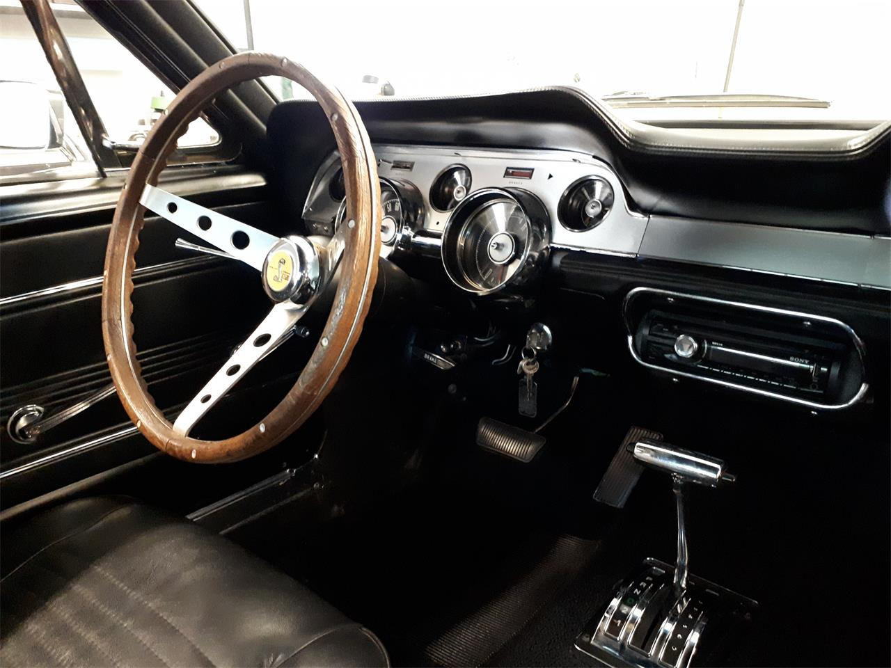 Large Picture of Classic 1967 Mustang located in Laval Quebec Offered by a Private Seller - QH2P
