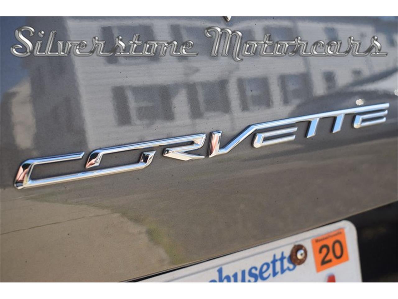 Large Picture of '15 Corvette - QH2W