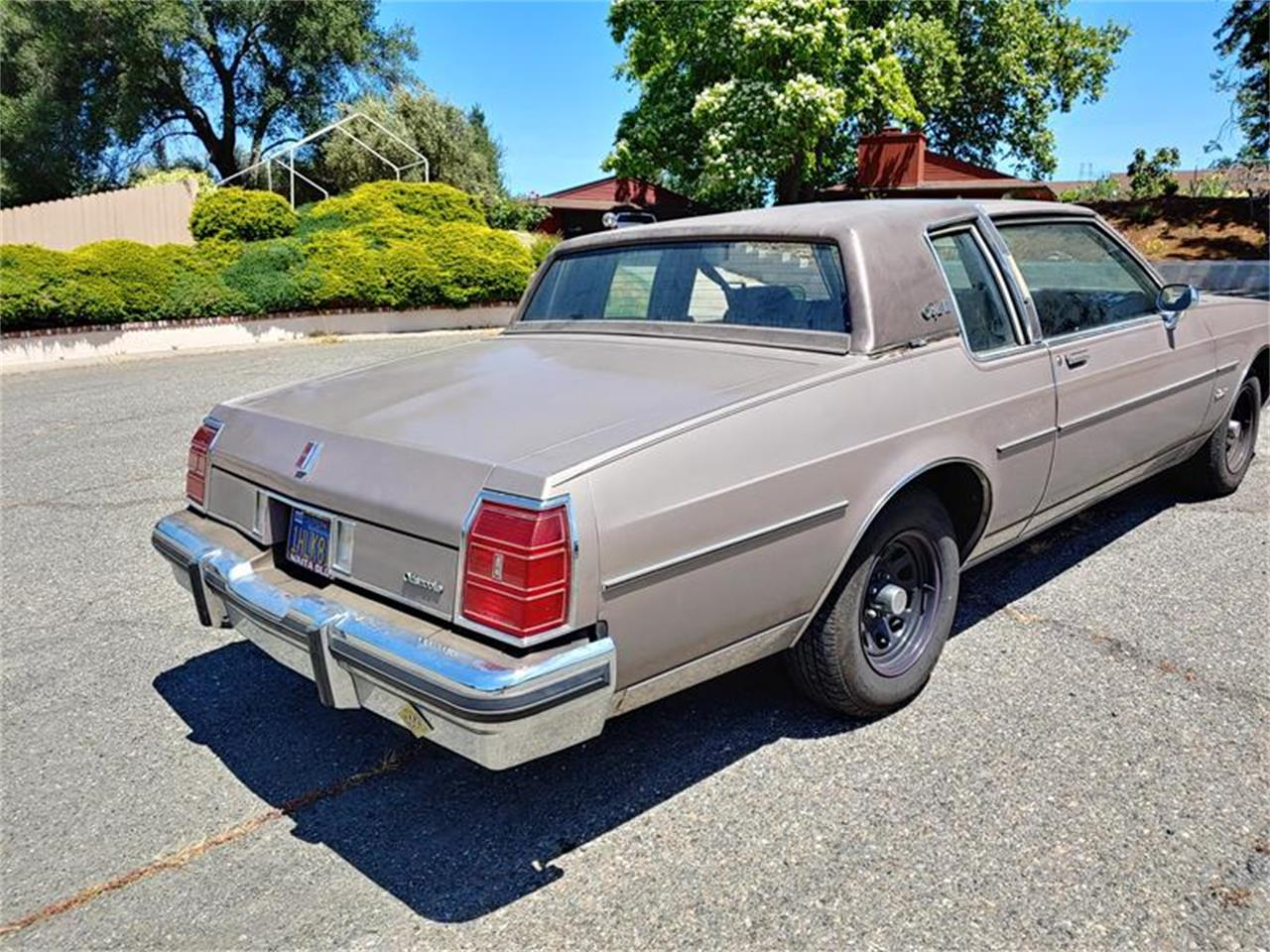 Large Picture of '83 Delta 88 located in San Luis Obispo California Offered by Classic Car Guy - QH3P