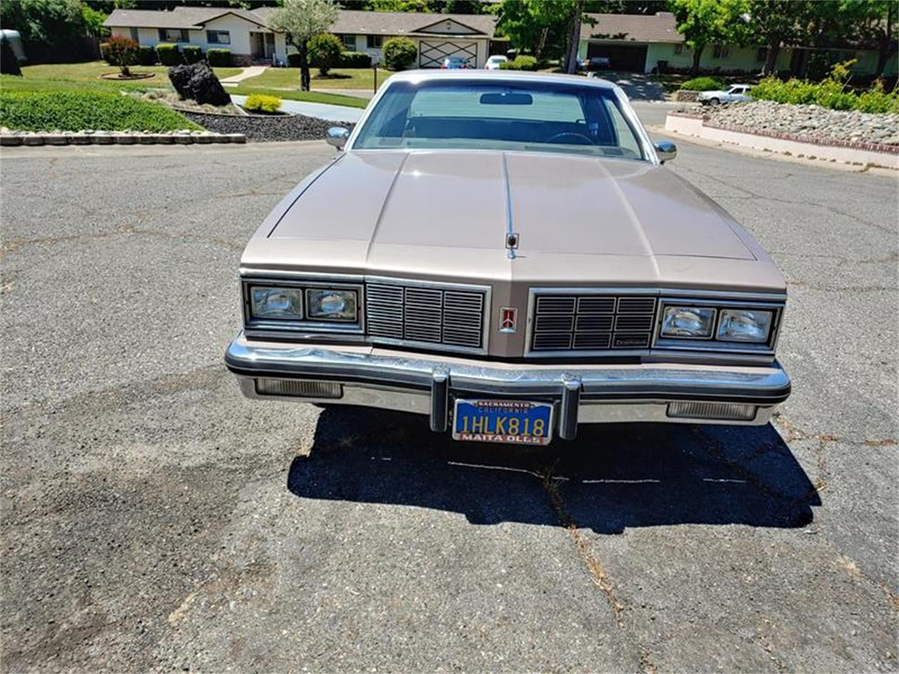 Large Picture of 1983 Oldsmobile Delta 88 - $5,000.00 - QH3P