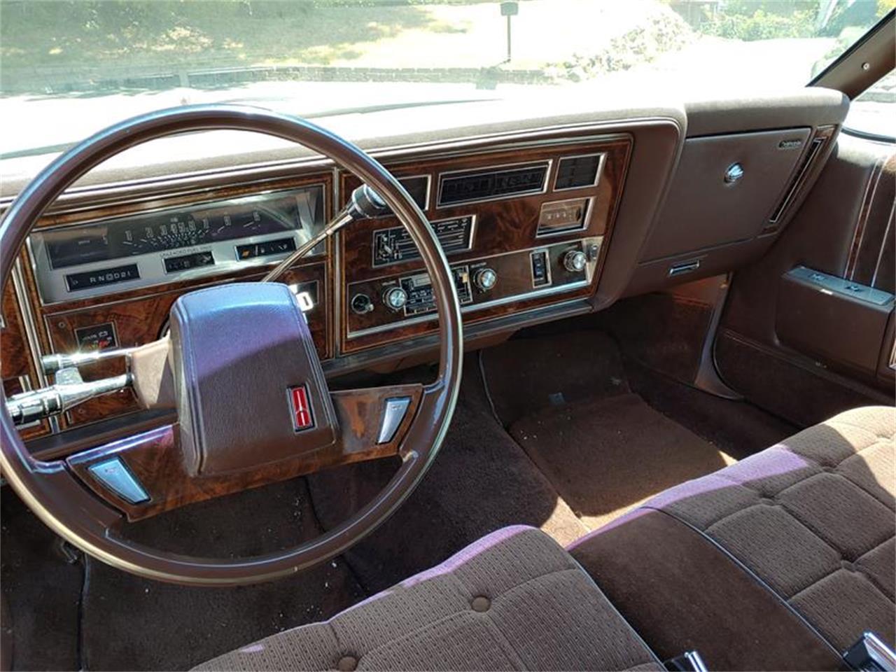 Large Picture of 1983 Oldsmobile Delta 88 located in California - QH3P