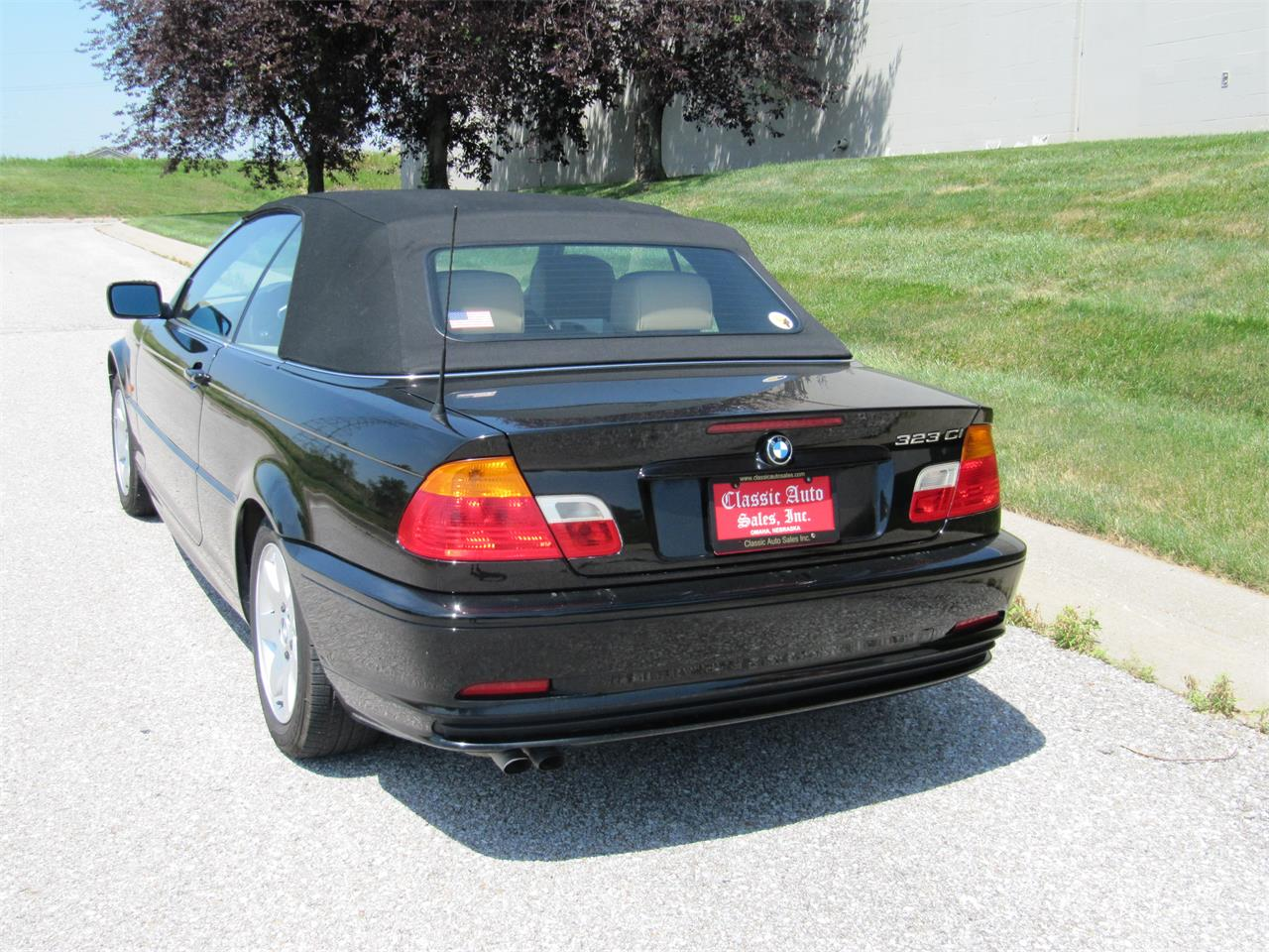 Large Picture of '00 BMW 3 Series located in Omaha Nebraska - QH4O