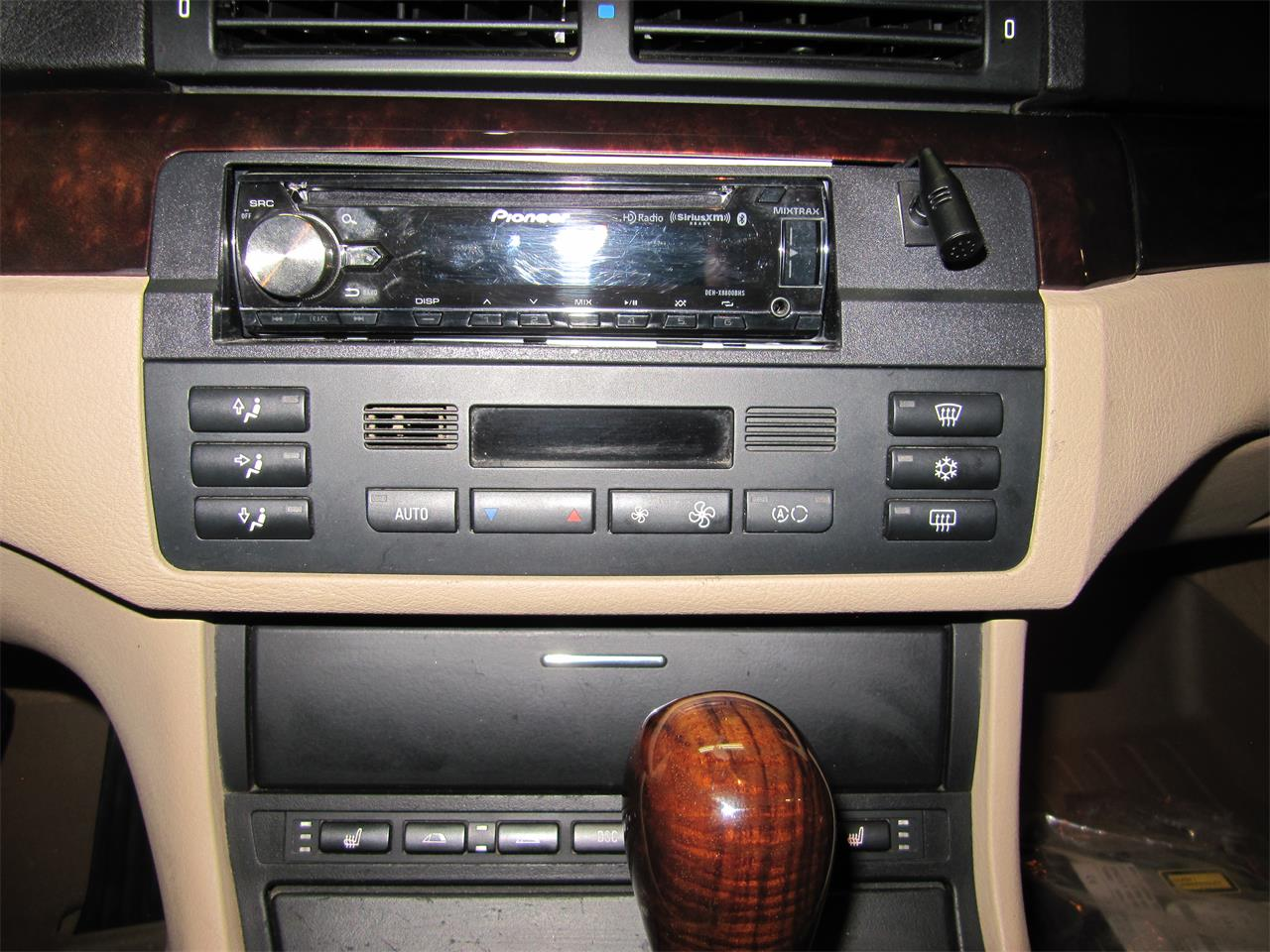 Large Picture of '00 BMW 3 Series - $9,900.00 - QH4O