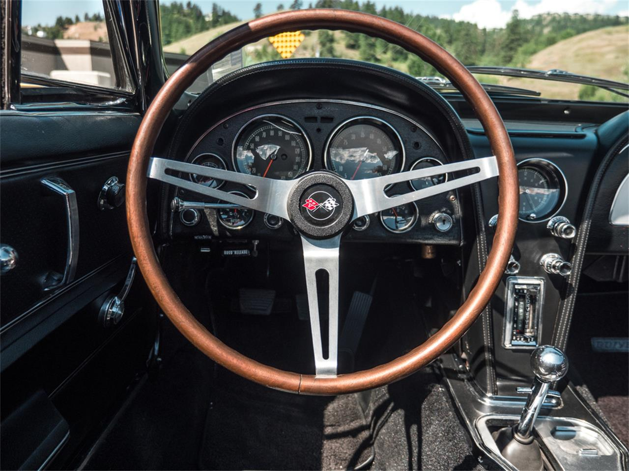 Large Picture of Classic 1967 Chevrolet Corvette - QH6N