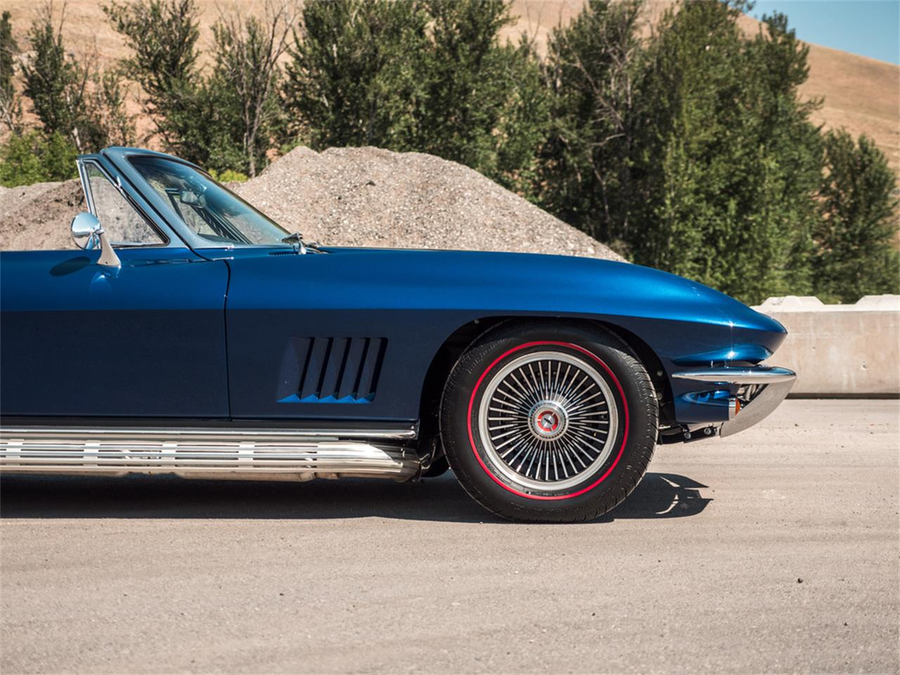 Large Picture of Classic 1967 Chevrolet Corvette located in Kelowna British Columbia - $107,123.00 - QH6N