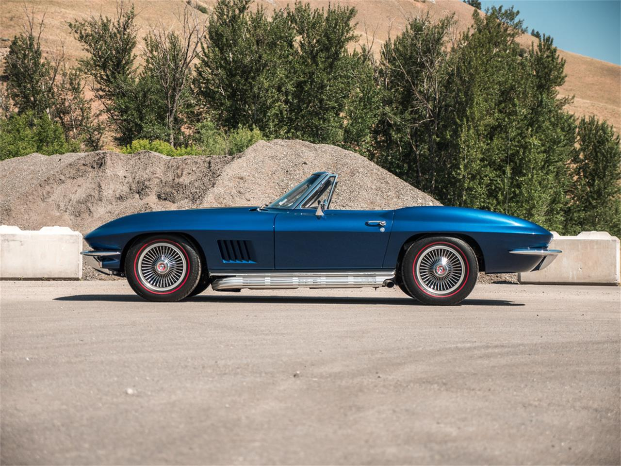 Large Picture of '67 Chevrolet Corvette located in Kelowna British Columbia - $107,123.00 Offered by August Motorcars - QH6N