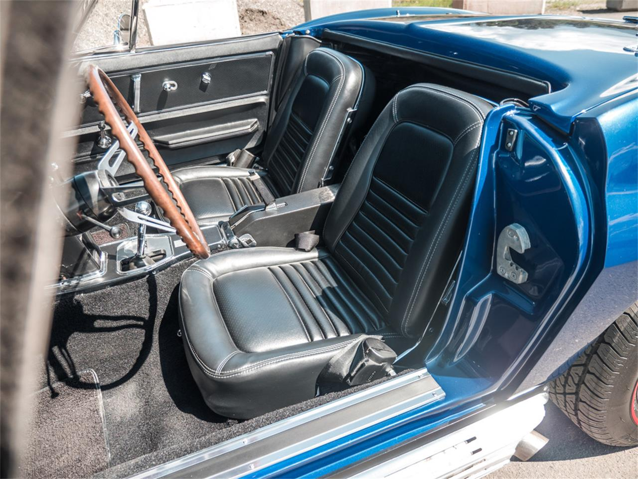 Large Picture of '67 Chevrolet Corvette Offered by August Motorcars - QH6N