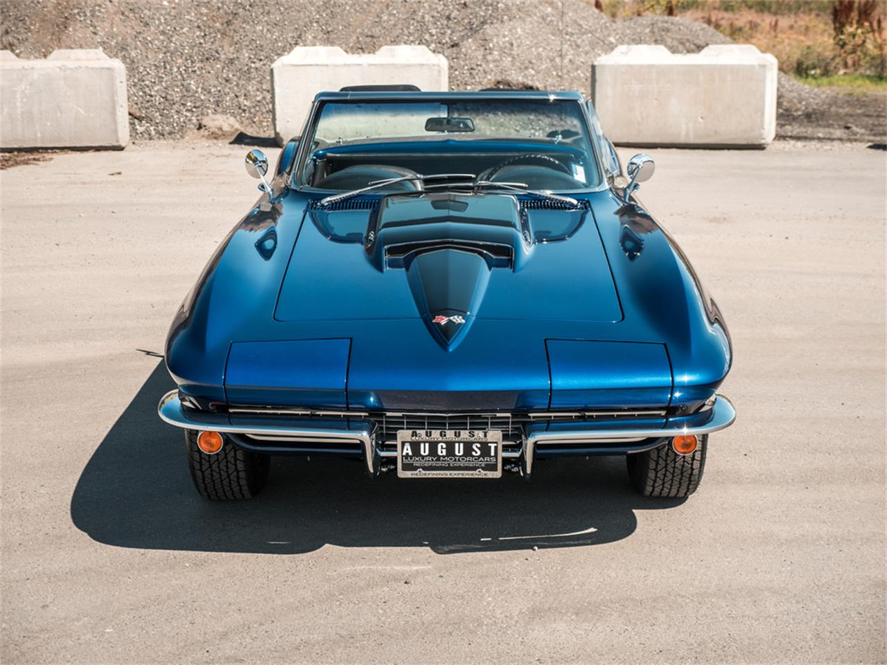 Large Picture of Classic 1967 Chevrolet Corvette located in Kelowna British Columbia - QH6N
