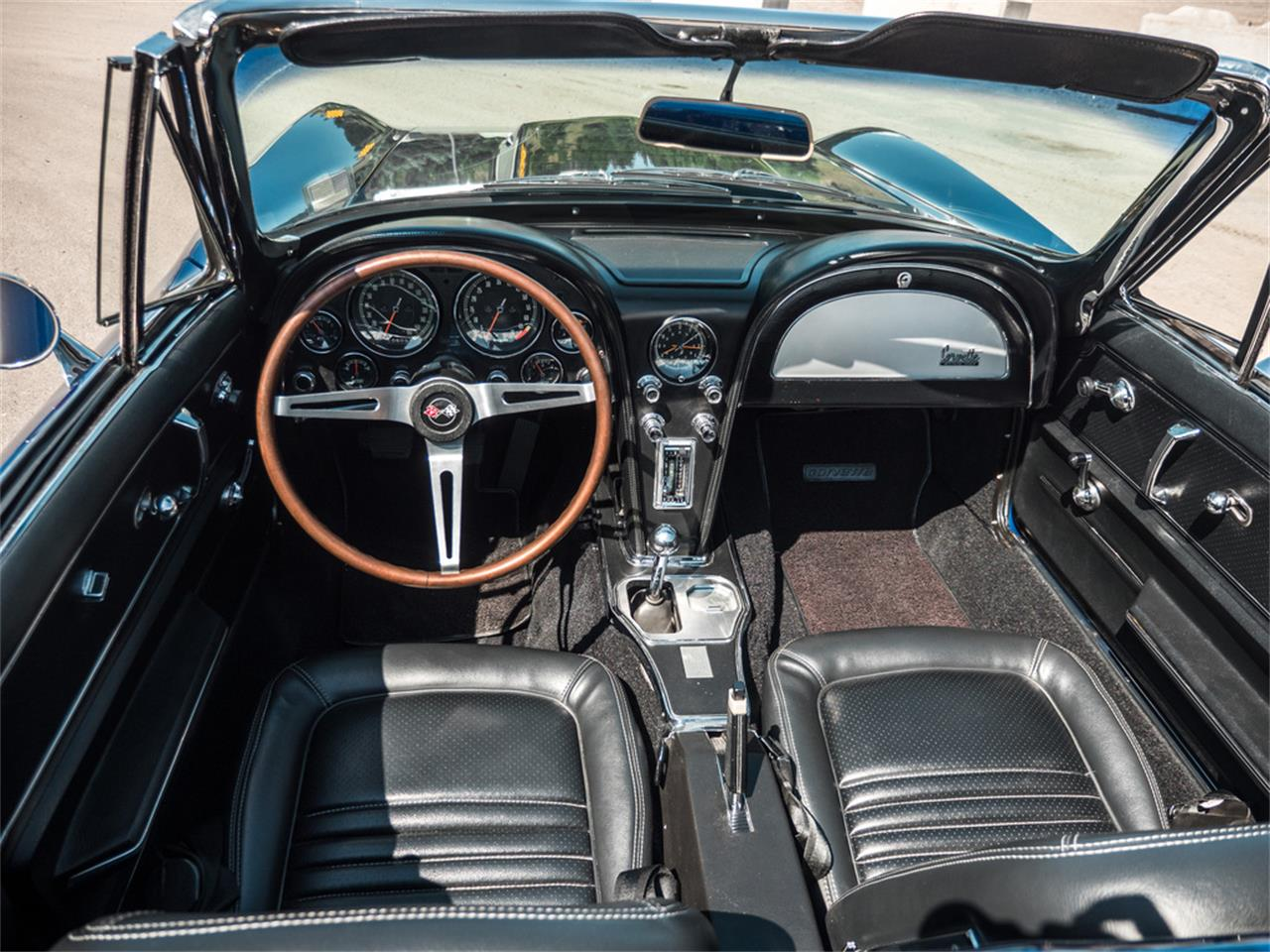 Large Picture of Classic '67 Corvette located in Kelowna British Columbia - $107,123.00 - QH6N