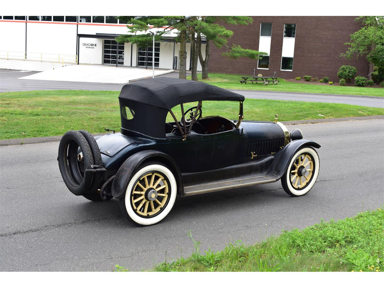 Large Picture of Classic 1915 Marmon 41 located in Orange Connecticut Offered by Dragone Classic Motorcars - QH6O